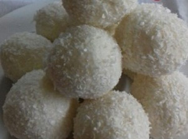 Coconut Raffaello Balls (Low-Carb, Sugar Free) Recipe