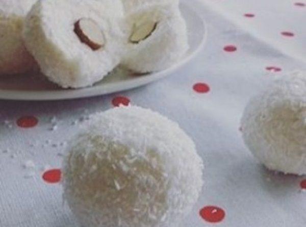 Keto Cheesecake Lemon Coconut Bites - No-bake Recipe