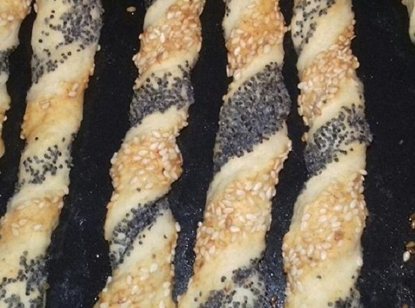 Grissini Breadsticks - Dairy-Free, Crunchy & Easy Snack