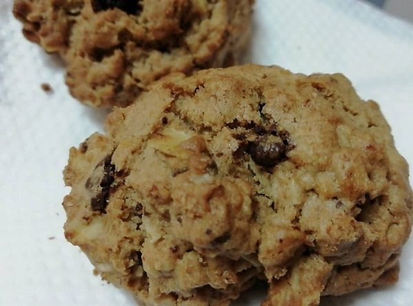 Keto Cookies with Chocolate Chips ( Low-Carb, Grain-Free, Sugar-Free)